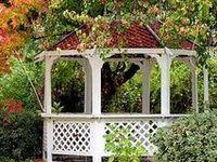 Fences, Gates, Arbors, Pergolas & Other Garden Structures