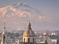 """""""Melior de cinere surgo, rinasco più bella dalla cenere"""" ...dedicata a Catania, la sua provincia e il vulcano Etna."""