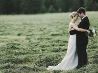 Brad and I are getting Married! We want a rustic wedding, and this board is my inspiration.