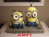Despicable  Me Cakes