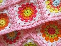 HOOKED ON CROCHET..AFGHANS, THROWS and BLANKIES