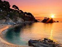 Tablero en Pinterest donde hallarás lugares pintorescos y significativos captados en cualquier rincón de la provincia de Gerona (Cataluña).