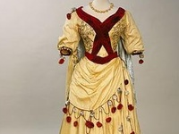 This includes actual costumes from all historical eras--historical national costumes, or historical dress costumes.