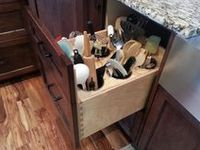 ORGANIZE IDEAS BY USING THINGS YOU CR,AFT, BUY, OR JUS THINGS YOU ALREADY HAVE
