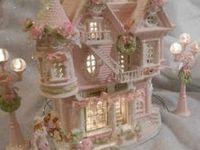 Christmas Villages, Putz Buildings & Accessories