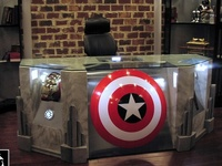 Things for the ultimate geek home.