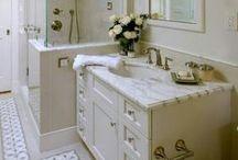 Girls Bathroom / by Jessica Fanning
