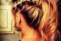 Como Fazer Penteados *--* / by Luiza Defavere