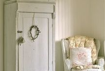 Home Decorating ideas / by Debby Anglesey
