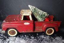 Vintage Christmas / by Elisa Economy-Morgan