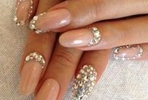 Nails! / by Nicole Clites