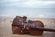 Violins Especially / by Dawn Townsend
