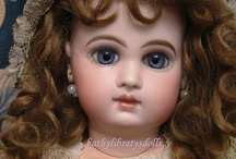 dollys and things / by Ella Charming