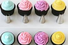 Sweets: Icing, Decor + Baking Tips / by Maren Holzinger