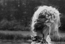 hair styles / by Jasmin Warner