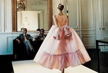 Valentino! / Always stunning. I'm in love with everything Valentino creates. / by Juliette Sobecki