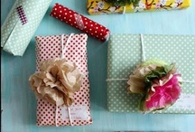Gift wrapping / by Decorator's Notebook
