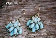 TURQUOISE / My favorite color!  Makes me happy! / by Lori de la Rosa