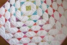Quilt Tops / by Taryn Villarreal