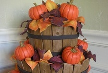 Amazing Cakes-Thanksgiving / by Amie Lee-Power-Boggeman