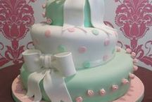 Amazing Cakes-Topsy Turvy / by Amie Lee-Power-Boggeman