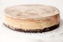 Food - Cheesecake / by Jehle Flowers