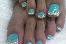 Nails, nails, nails! / by Cathy Prothro