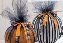 Holidays - Fall / Halloween, Thanksgiving and Other Crispy Celebrations / by Cathy Prothro