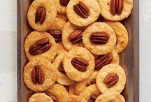 Food - Snacks / by Cathy Prothro