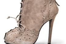 Shoessss!!! / by Sofy Cohen de Nacach