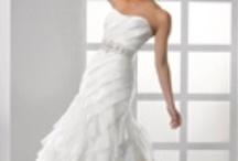 Wedding Dresses / by Andrea Walker