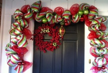Wreaths and Ribbon / by Ellis Home and Garden