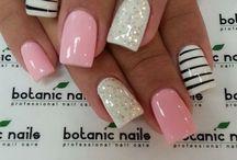 pretty finger nails / Ooh  la la / by Mindy West