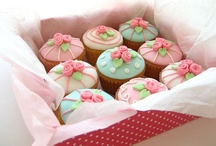 cookies, macaroons, cakes etc. / by Andrea Chavarria