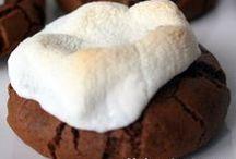 Cookies / by Melissa Kloosterman (Melissa's Cuisine)