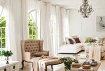 Living room / by Rue du Framboisier