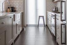 kitchens / by Molly Rundberg Villa