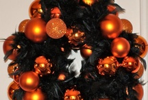 Halloween & Christmas / by Victoria Lurie