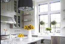 Kitchens / by Dismary Anton