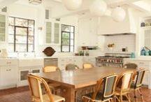 Kitchen / by Annie Vincent