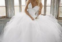 Future Wedding <3 / by Katie Cox