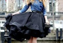 4a Feira / Week Style - Roupas para usar numa Quarta - Feira  Dia de usar saia / by Me Me Me Me Too