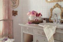 Romantic Bathrooms / by Jennelise
