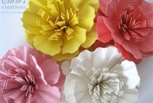 Crafts - Flowers / by Cathy O'Brien