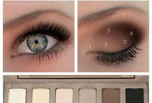 Makeup / by Diana Paperno