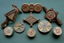 Antique Buttons / by Button Art Museum (BAM)