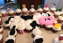 Cakes And Cupcakes / by Stephanie Teman Renner