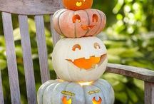 Boo To You (Halloween) / Who doesn't love Halloween? Ana has a good eye for what you are looking for this Halloween: Food, Crafts, Party Ideas, Costumes, Free Printables, so, boo to you & enjoy!! / by Ana Araujo