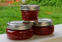 Pomona's Pectin - Recipes & Info / Recipes and websites using or talking about @Pomona's Pectin, an all-natural pectin for making lower sugar/sweetener jams and jellies. Fantastic product! / by Gazing In
