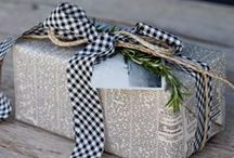 Gifts - Wrapping Ideas / by Laurie Harris